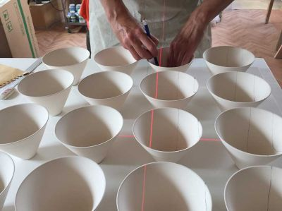 sara-moorhouse-lazer-2_41993726290_o-400x299 Sara Moorhouse using a laser to make straight lines on ceramic curved surfaces