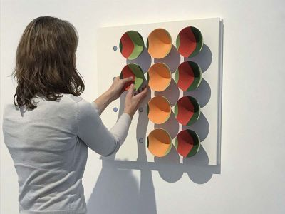 sara-adding-bowls-2-2-400x300 Sara Moorhouse installing Colourblocks – 16 wall mounted bowls