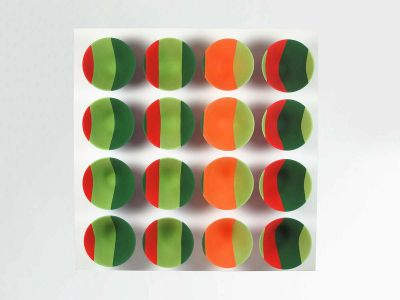 sara-front-on-2-1-400x300 Sara Moorhouse, Colourblocks – 16 wall mounted bowls