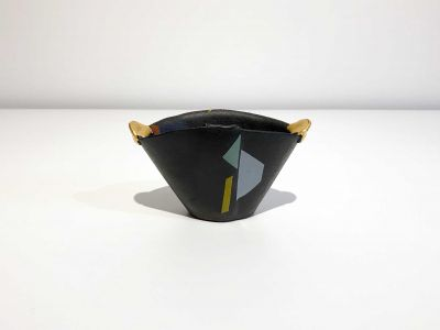 CvdW1-Front-400x300 Clementina van der Walt Memphis bowl with gold handle