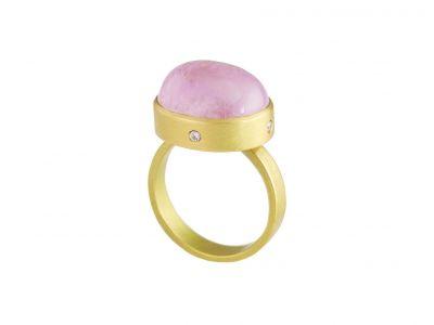 catherine-mannheim_33260908408_o-400x300 Catherine Mannheim Ring Kunzite with 4 diamonds